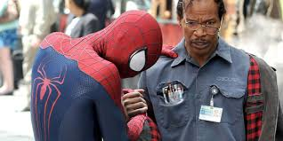 Andrew Garfield is Spiderman and Jamie Foxx is Max Dillon in The Amazing Spiderman 2