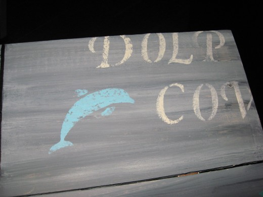 Faux Reclaimed Wood - Looks like an old beach sign!