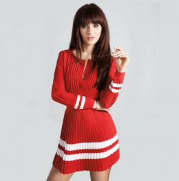 Zooey wearing a Tommy Hilfiger dress she helped design.