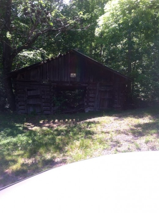 Mose Bradley's corn crib