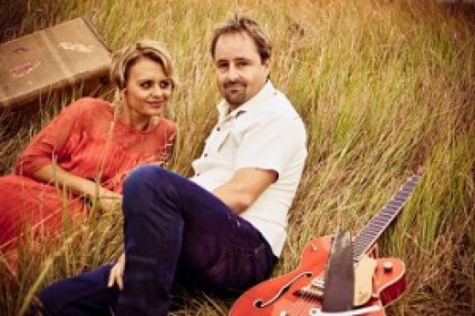 A wonderful easy listening / country music duo who regularly play at the Nelson Bay, Blue Water Country Music Festival... Stuie is an amazing guitarist and these guys sound great together!