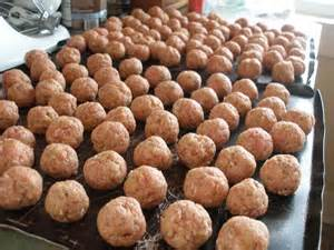 Meatballs on Tray for Freezing Individually