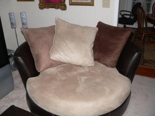 Microfiber faux suede chair