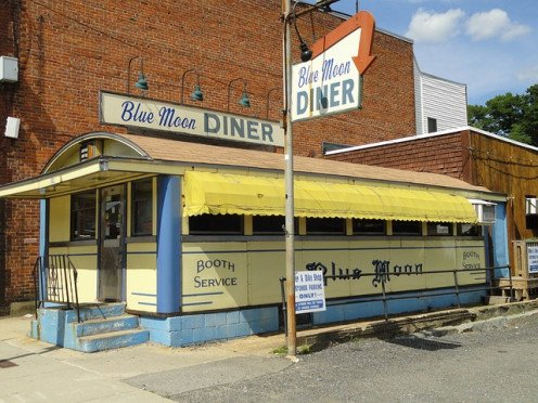 Famous Blue Moon Diner in Massachusetts