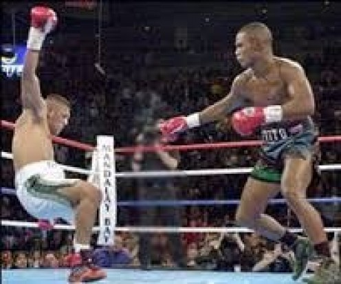 Felix Trinidad knocked out undefeated Fernando Vargas in the 12th round to unify the jr.  middleweight championship. It was one of the best 154 pound championship fights in history.