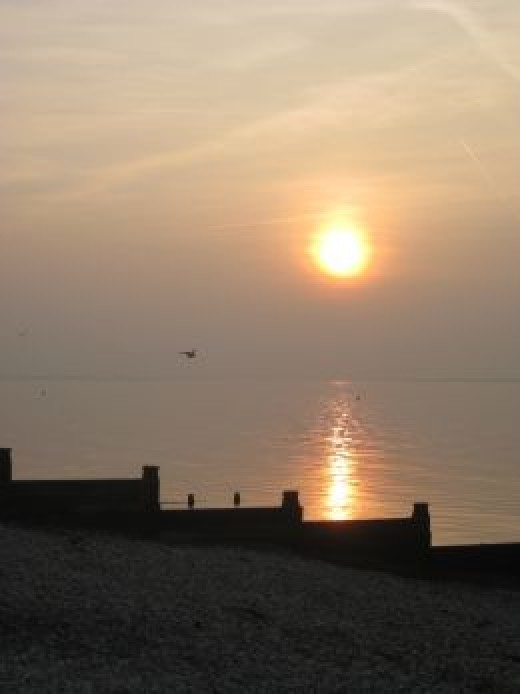 Whitstable: All that sea air. Walks to the beach. Shops, cafés, bars, restaurants.