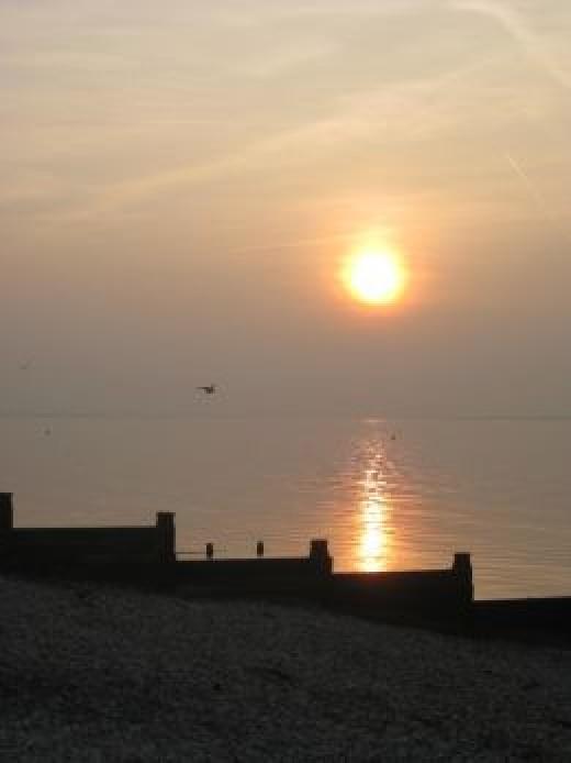Whitstable: All that sea air. Walks to the beach. Shops, cafés, bars, restaurants.