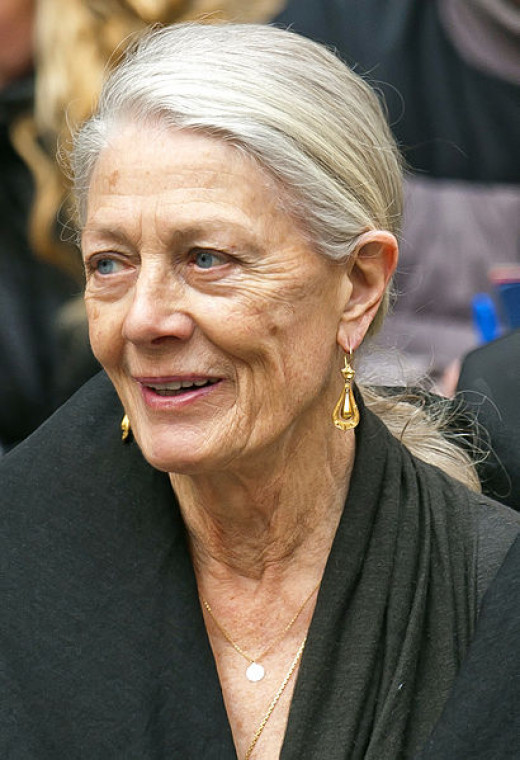 Vanessa Redgrave plays the older Roseanne in the film version.