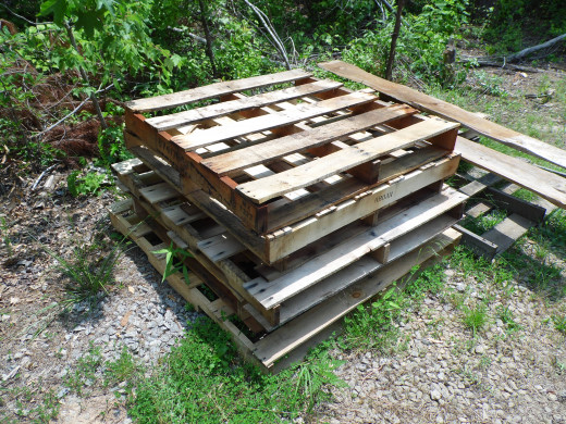 Nice stack of pallets, prime for harvest.