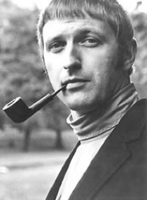 Alas, all the Pythons will not be appearing on the O2 live shows. Graham Chapman died of cancer in 1989.