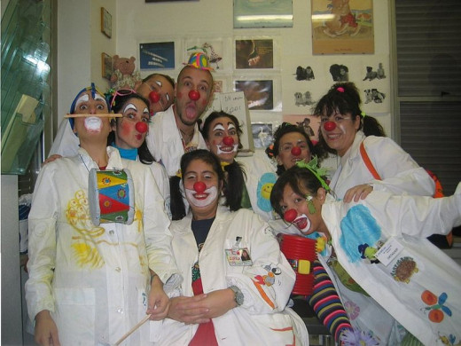 Clown care group at the Bambin Gesù Hospital in Italy.  Photo by  Kurosawa and Frack