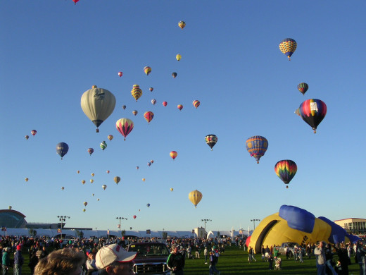 Hot air balloon can be fun on your wedding anniversary. image of several hot air balloons in the sky