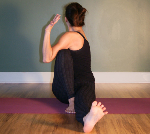 Maricyasana III - Seated Twist