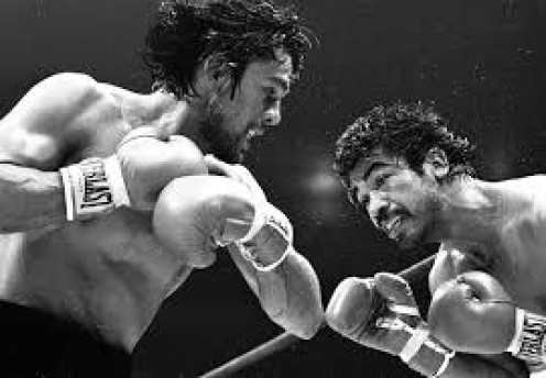 Roberto Duran could not put Carlos Palomino on the canvas but he did give him a boxing lesson.