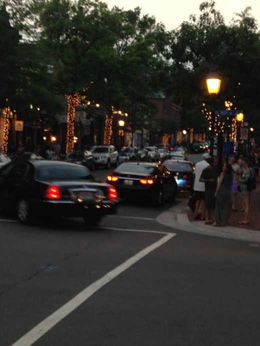 LOOKING DOWN KING STREET FROM THE WATERFRONT (POTOMAC RIVER) IN ALEXANDRIA, VIRGINIA