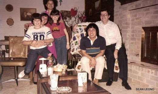 From left to right: Robbie, Ava, Ingrid (from Taiwan), Beth, Tony (from Malaysia), and Bob. This pic was taken when I first met them during the beginning of my 1st sememter.