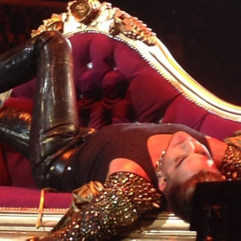 """""""Killer Queen"""" delivered by Adam Lambert"""
