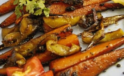 Honey Glazed Carrots with Capsicum and Garlic