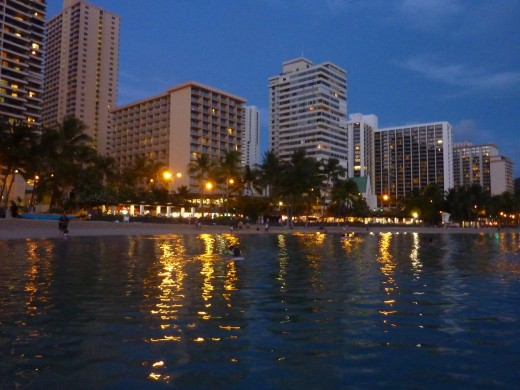 Dusk in Waikiki, where we arrived after giving up.