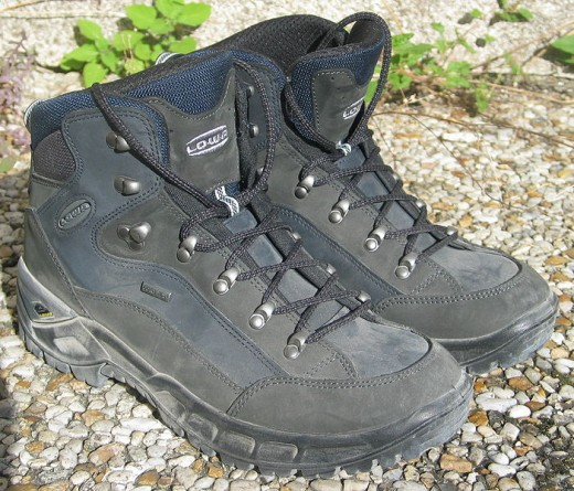 The Right Hiking Boots Keep Away Heel Pain