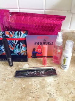 Ipsy Glam Bag.. Is It Really a Bang For Your Buck?