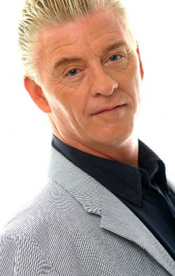 In Praise of Derek Acorah