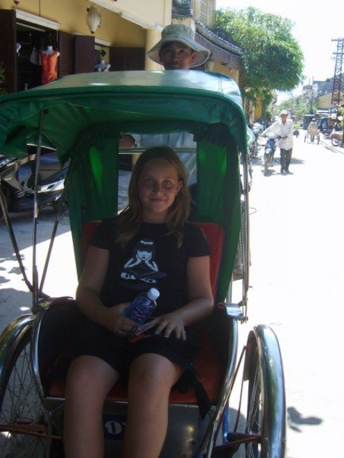 Travel in the towns on a cyclo
