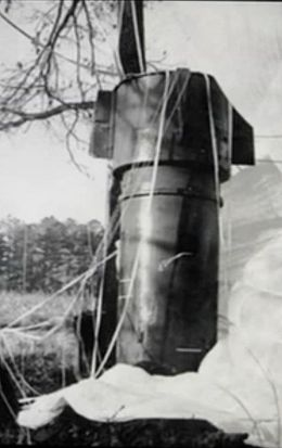 Imagine being the first person driving past this (armed!) nuclear bomb moments after impact 12 miles north of Goldsboro NC.