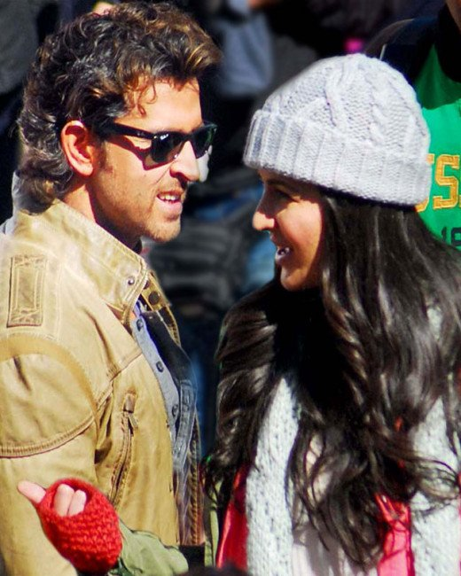 """Recently on the sets of Bang Bang, Hrithik Roshan slapped his costar Katrina Kaif across her face!FOR MORE NEWS ON BANG BANG MOVIE CLICK ON THE IMAGE"""" Get latest Bollywood News and Gossip VISIT BISCOOT SHOWTYM  : http://www.biscoot.com/showtym"""