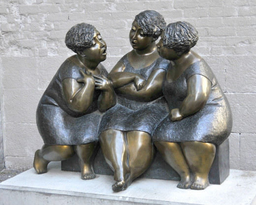Les Chuchoteuses, Montreal - Women Gossipping