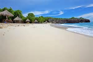 Relaxing Caribbean beach