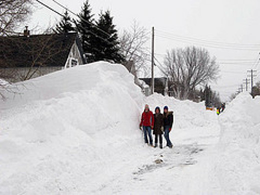 While my snowbank wasn't as high as this Duluth one of 2007, I felt as though it was after extensive shoveling.