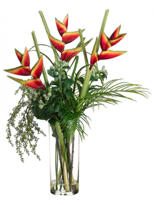 Elegant silk floral arrangements are becoming more and more popular because of the high quality available today.