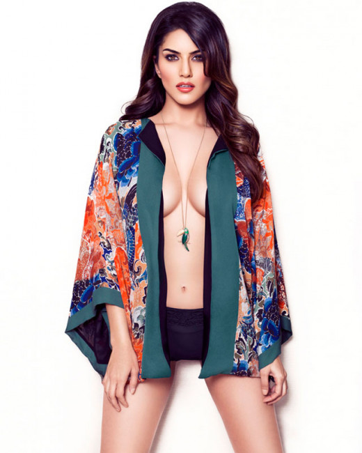 After a ghost and a princess, Sunny Leone to step into a teacher's shoes in the Telugu movie, Theega. Latest News on Sunny Leone Visit Biscoot Showtym. http://www.biscoot.com/showtym