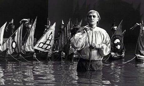 Richard Harris in Gulliver's Travels (1977). Photo: Kobal