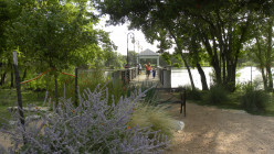 Beautiful landscaping at Mills Pond Austin TX
