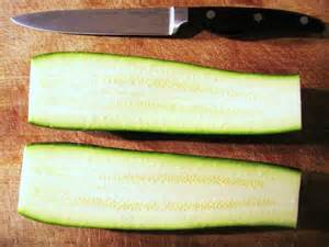 cut zuchini in half