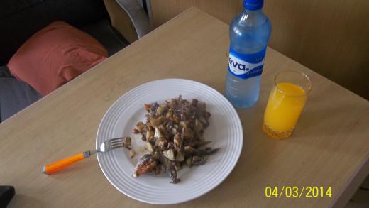 A Naturally Balanced MealA Naturally Balanced Meal