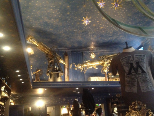 The top floor of this shop is appropriately decorated with telescopes and armillary spheres, some of which are made from the JAWS attraction, the previous resident of this land.