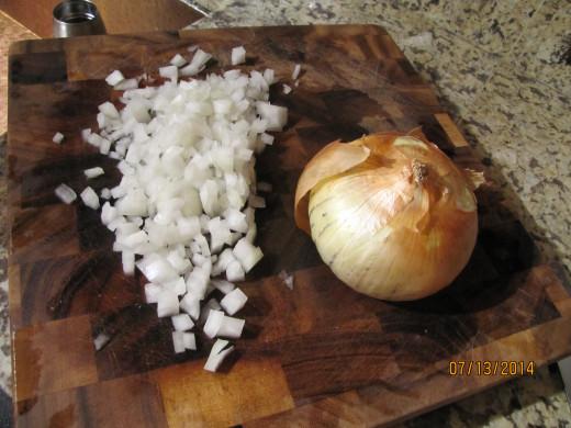 Any sweet onion will do, but I LOVE Vidalia onions in my recipes.