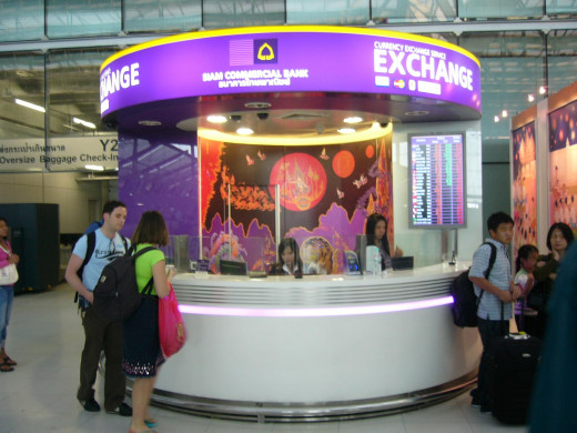 Avoid changing money at the airport as they offer worst possible exchange rate.