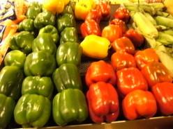 Green Capsicums are Good source of Iron. શાકાહારીએ લોહતત્વ મેળવવા માટે લીલા રંગના કેપ્સિકમ અને ભાજી ખાવા જોઈએ.