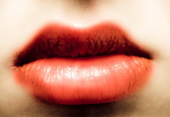 4 Ways To Get Thicker, Fuller Lips