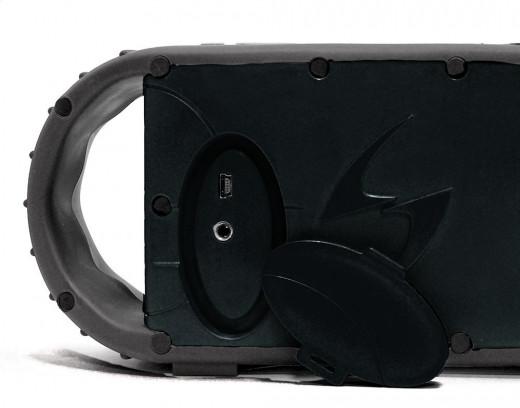 ECOXGEAR ECOXBT: waterproof bluetooth speaker swimming pool shower beach