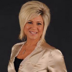 Theresa Caputo - Is the Long Island Medium For Real?