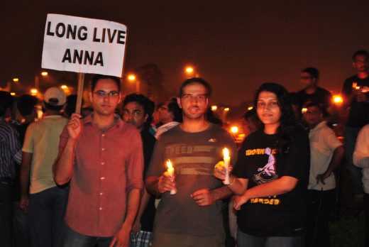 Protest in India against imprisonment of Anna Hazare Candlelight vigil at India Gate
