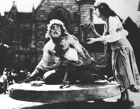 Chaney and Patsy Ruth Miller (Esmeralda).