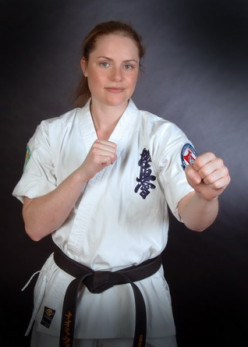 Sensei Naomi Ali nee Woods, the first and only female to complete the 50 and 100 man kumite.