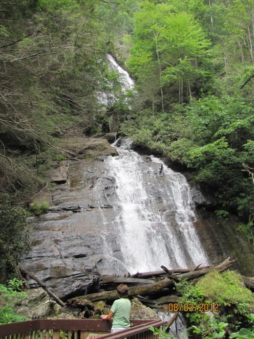 Anna Ruby Falls - A Great Hike and Wonderful Scenery!