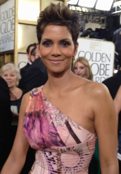 Actress Halle Berry At the Golden Globes.